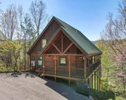 4612 Nottingham Heights Way, Pigeon Forge image