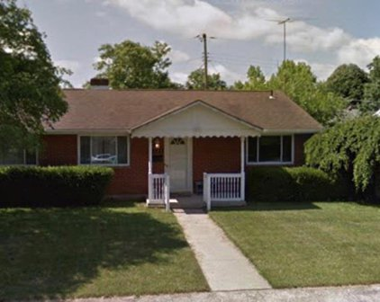 1224 Chateau Drive, Kettering