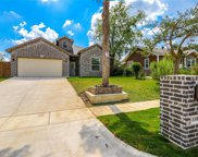 1104 E Powell Avenue, Fort Worth image