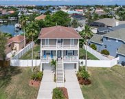 6610 Dolphin Cove Drive, Apollo Beach image