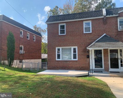 1314 Powell Rd, Brookhaven