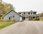15525 Apple Valley Ct, Brookfield image