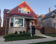 7511 North Oakley Avenue, Chicago image