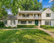 8 S Colonial Ct, Eastborough image
