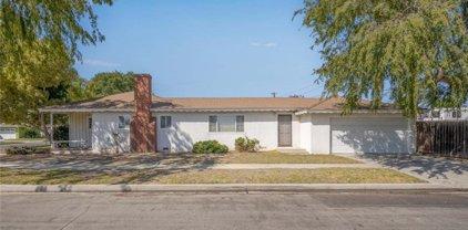 2206     Lomina Avenue, Long Beach
