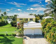 8926 Irving Ave, Surfside image
