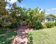 9432     Crebs Avenue, Northridge image