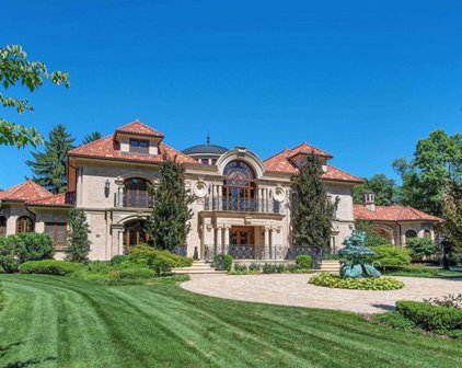 954 Colonial Road, Franklin Lakes