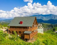 772 Cliff Branch Rd, Gatlinburg image