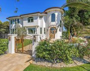 5702 5704   Stansbury Ave, Van Nuys image