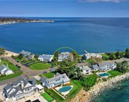 104 Point  Lookout, Milford image