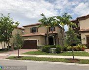 8865 NW 100th Pl, Medley image