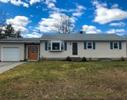 17 Birch Hill Road, Hooksett image