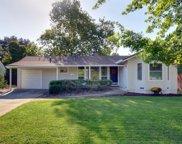 2424  Roslyn Way, Sacramento image