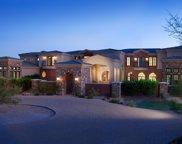 8291 E Dixileta Drive, Scottsdale image