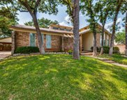 3405 Scenic Hills Drive, Bedford image