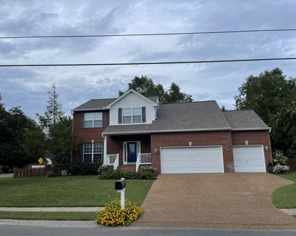 400 Preakness Dr, Thompsons Station