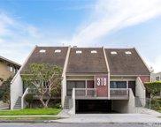 310   W Imperial Avenue   4 Unit 4, El Segundo image