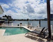 16480 Ne 30th Ave, North Miami Beach image