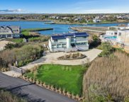 3 Waters Edge Dr, Quogue image