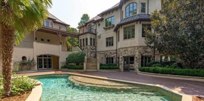 2604 Chelmsford Court, Cary