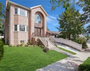 87-31 Clover Place, Holliswood image