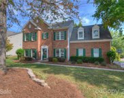 102 Rolling Stone  Court, Mooresville image