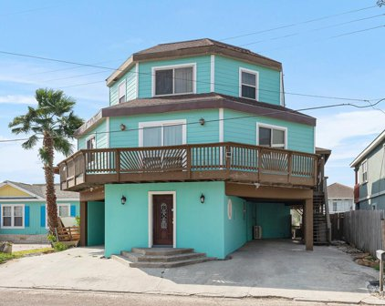 913 Bass Ave, Port Isabel