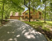 S1W31449 Hickory Hollow Ct, Delafield image