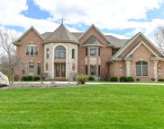 19325 Rivendell Dr, Brookfield image
