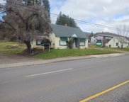 2776 NE DIAMOND LAKE  BLVD, Roseburg image