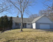 W230N7147 Canyon Meadows Ct, Sussex image