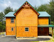 3215 Midvalley Drive, Pigeon Forge image