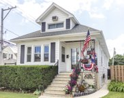 5615 West Giddings Street, Chicago image