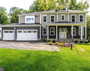 8225 Robey Ave, Annandale image