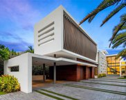 520 Lakeview Ct, Miami Beach image