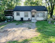 908 E Valley Dr, Columbia image