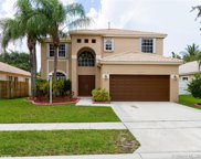 1132 Nw 130th Ave, Pembroke Pines image