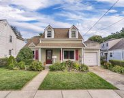 111 Hildreth  Place, Yonkers image
