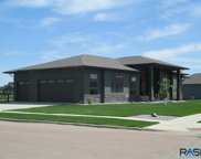 2608 W 95th St, Sioux Falls image