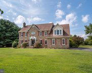 222 Winchester Dr, Centreville image