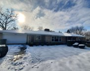 955 Glenview Road, Glenview image