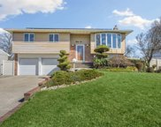 35 Harvest  Lane, Commack image