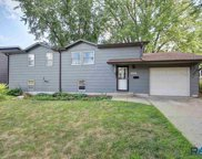 3905 E 20th St, Sioux Falls image