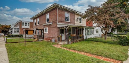 111 Pusey Ave, Collingdale