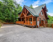 2216 Quiet Valley Way, Sevierville image