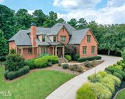 135 Newcastle Ct, Roswell image