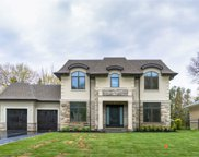 137 Westminister Dr, Oakville image