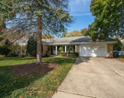 2620 Shannon Road, Northbrook image