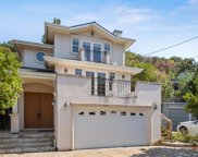 27 Willow Glen Way, San Carlos image